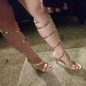 NWOT Gold stiletto strap ankle heels